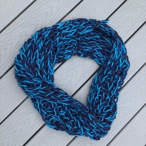 Anthropologie extra chunky blue infinity scarf